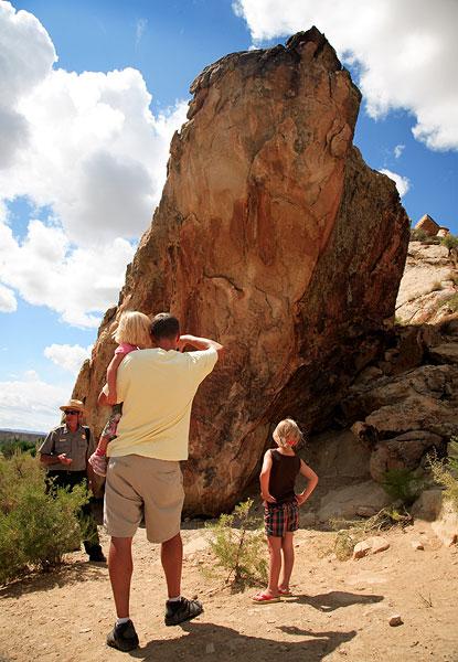images of dinosaurland national park in vernal  ut